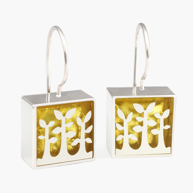 "3384 E Square ""Tree"" French wire earring 