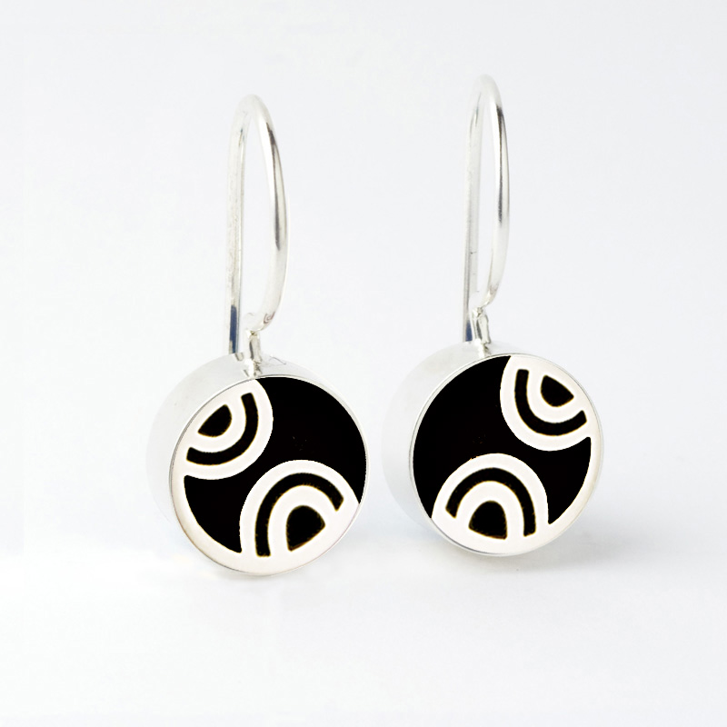 "3523 Q Mini Round ""art deco"" French wire earrings 